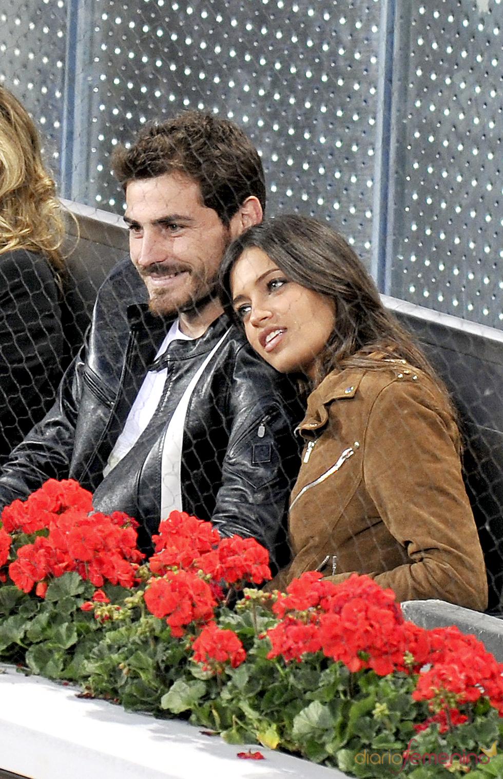 Íker Casillas y Sara Carbonero muy enamorados