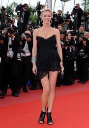 Eva Herzigova en el Festival de Cine de Cannes