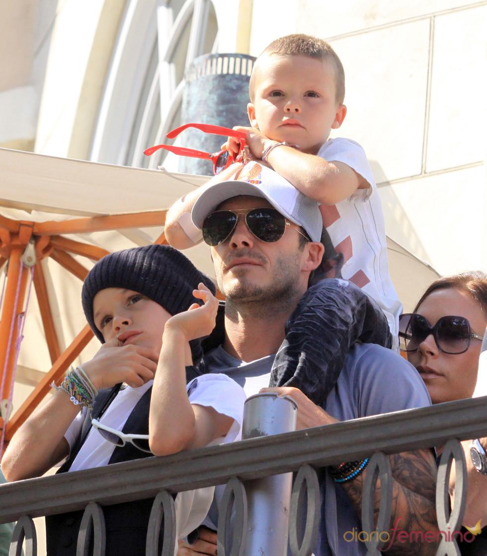 La familia Beckham en el concierto de Jonas brothers