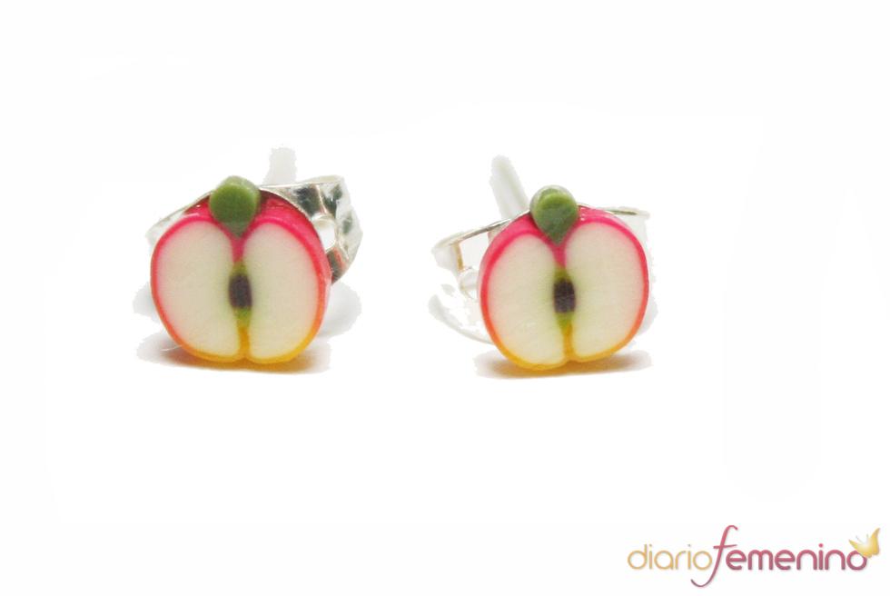 Pendientes de  manzana, de Abataba