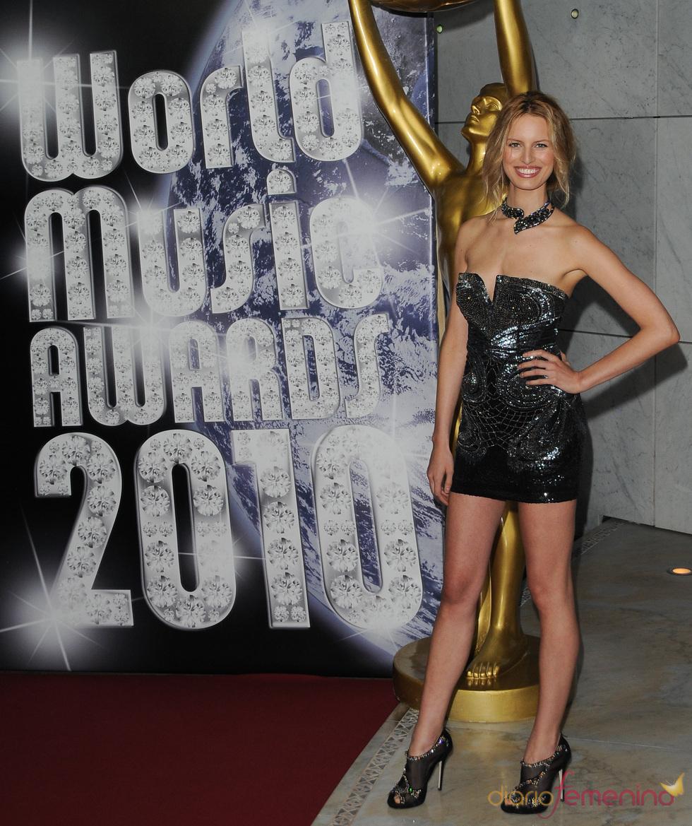 Karolina Kurkova en los Premios de la Música de Montecarlo