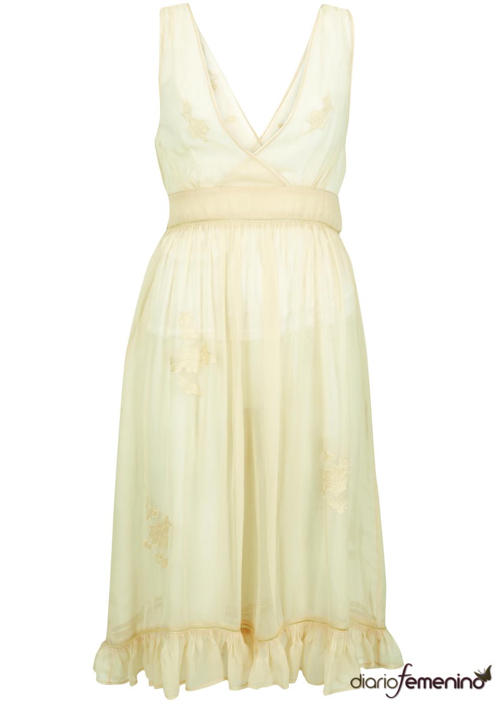 Vestido con gran escote de Kate Moss