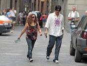 Lolita y Pablo Durán pasean por Florencia