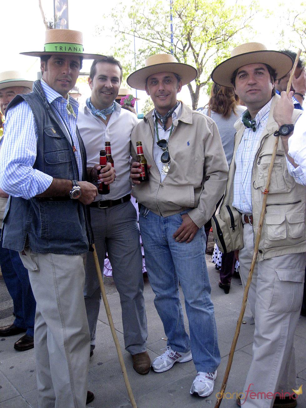 Francisco Rivera, con amigos en el Rocío