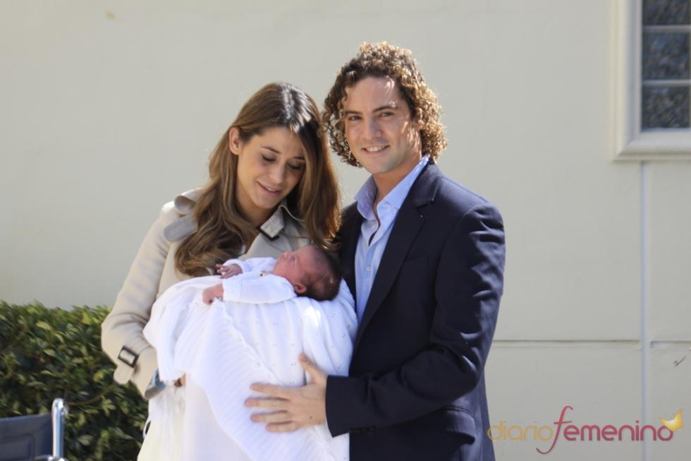 David Bisbal, junto a Elena Tablada y Ella