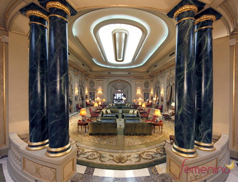 El salón del hotel Palace de Barcelona