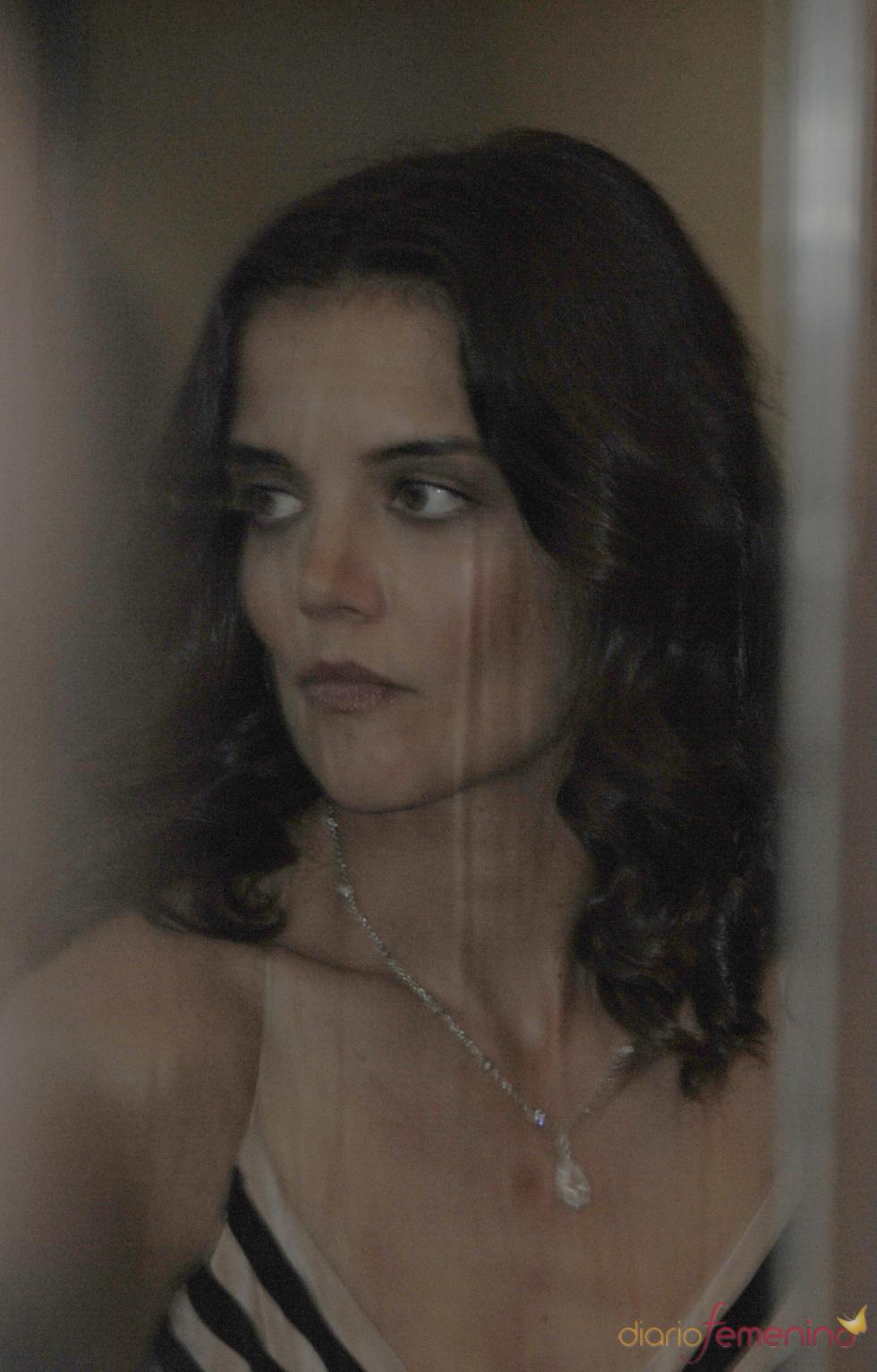 Katie Holmes, seria y en segundo plano en los National Movies Awards