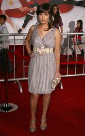Nicole Anderson es 'Macy Misa' en la serie JONAS