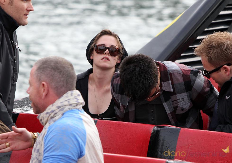 Kristen Stewart, molesta con los paparazzi en Australia