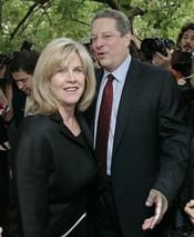 Al Gore pide el divorcio de su mujer después de 40 años de matrimonio
