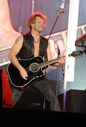 Jon Bon Jovi en su concierto en Rock in Rio 2010