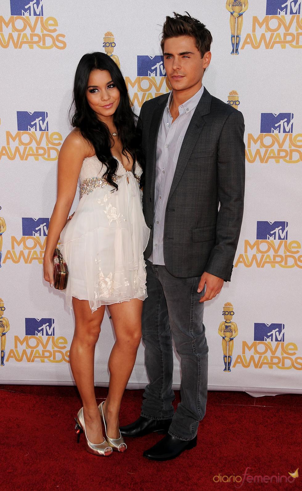 Vanessa Hudgens y Zac Efron en los MTV Movie Awards