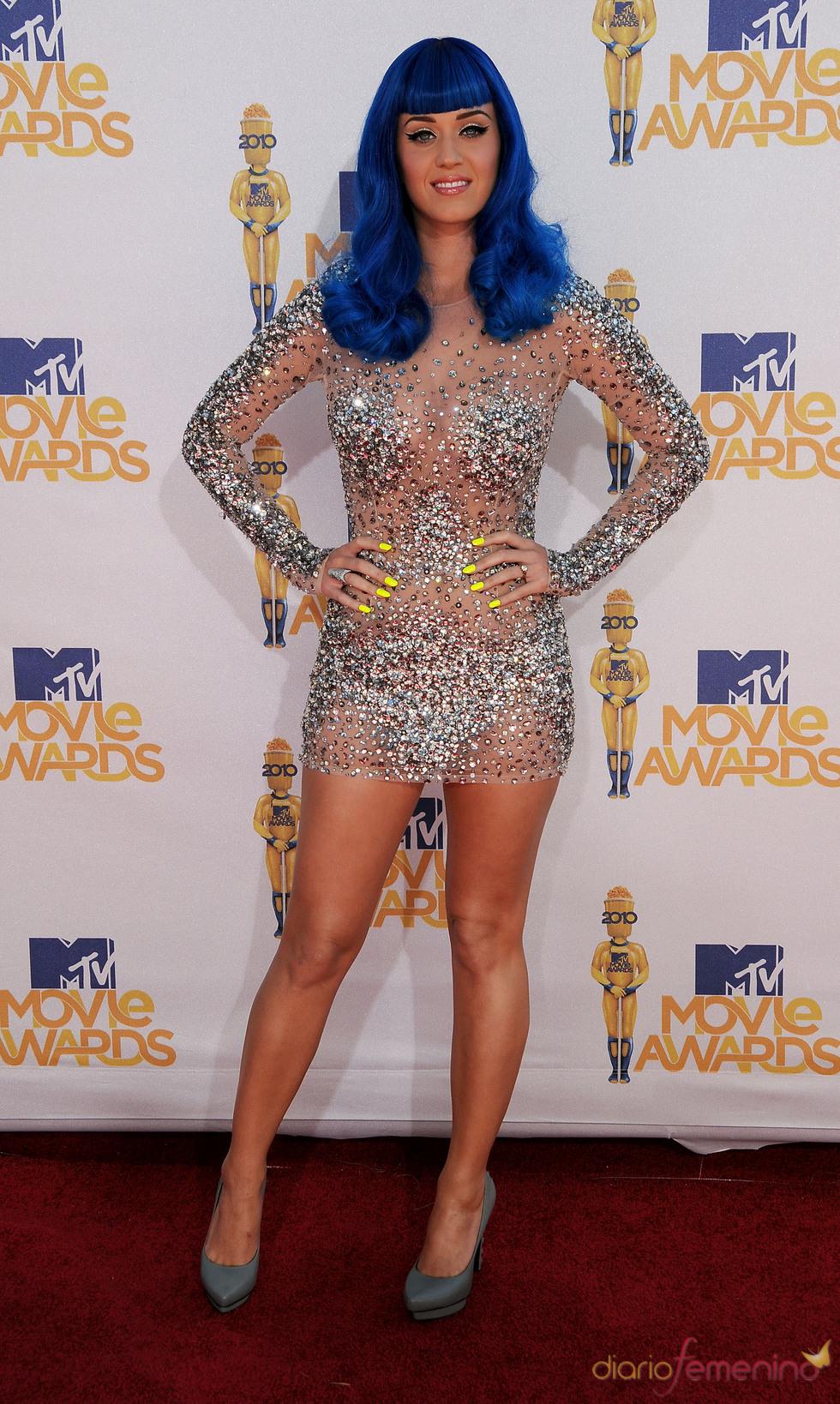 Katy Perry con peluca en los MTV Movie Awards 2010