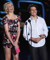 Tom Cruise y Cameron Diaz entregan premio en los MTV Movie