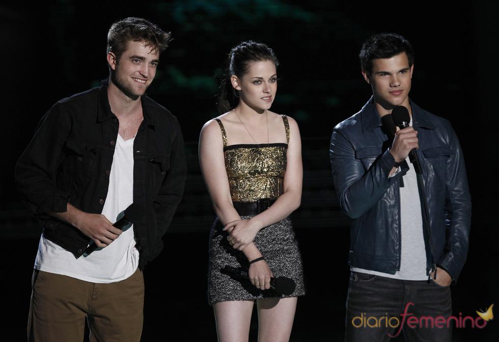 'Luna Nueva' arrasa en los MTV Movie Awards 2010