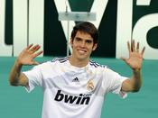 Kaká con la camiseta del Real Madrid