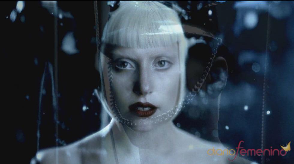 Lady Gaga, pálida en 'Alejandro'