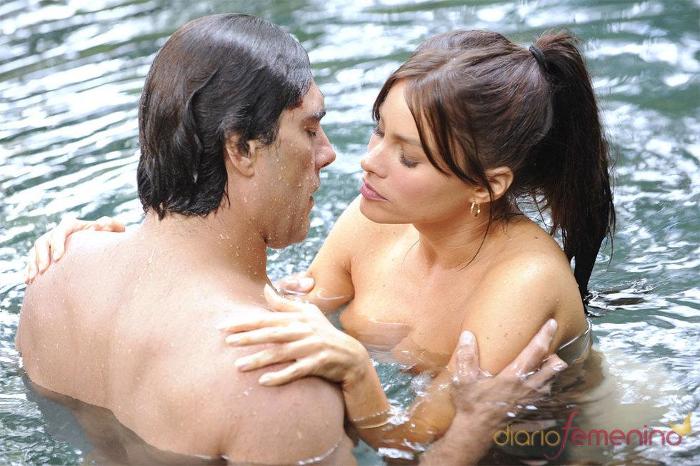 Eduardo Yáñez en un escena de sexo