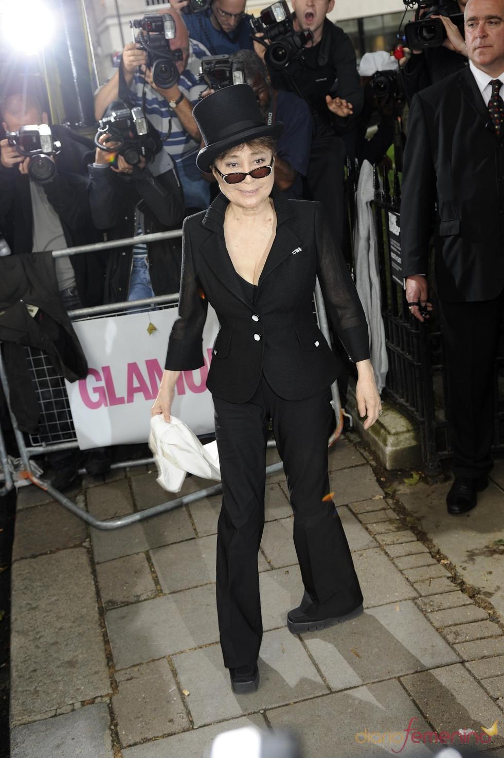 Yoko Ono en los Premios Glamour 2010