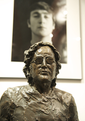 Estatua en el museo Beatles Story , Liverpool