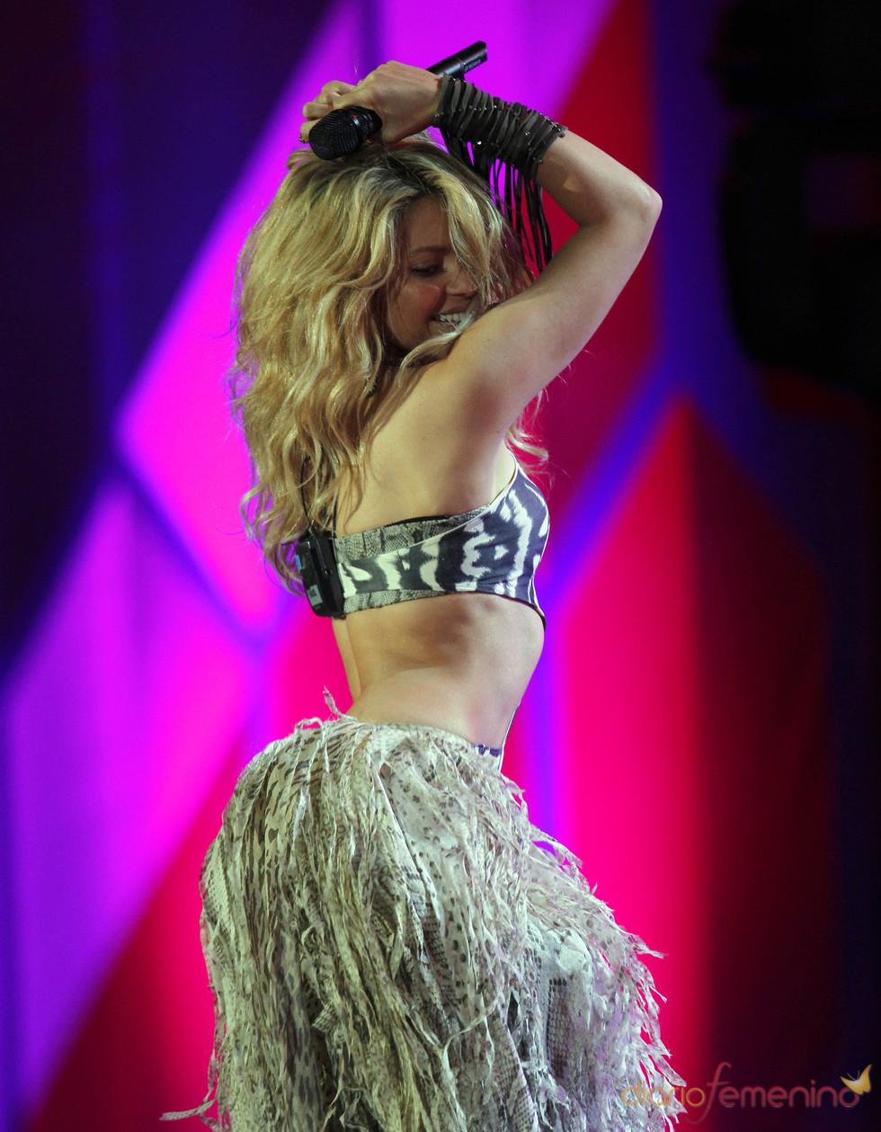 Shakira canta el 'Waka waka' en concierto