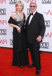 Diane Sawyer y Mike Nichols en los Premios AFI 210