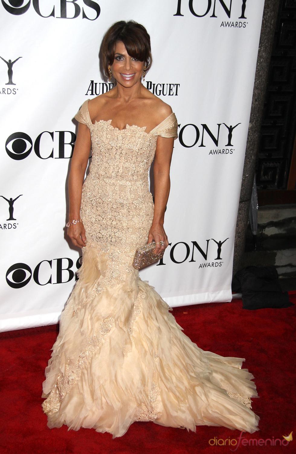 Paula Abdul en los premios Tony 2010