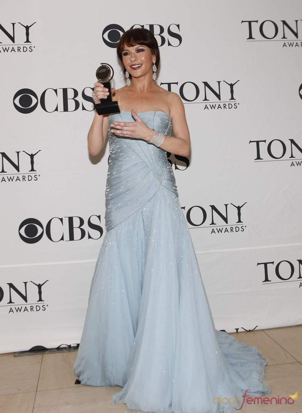 Catherine Zeta-Jones, galardonada en los Premios Tony 2010