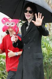 Michael Jackson con su hijo Prince
