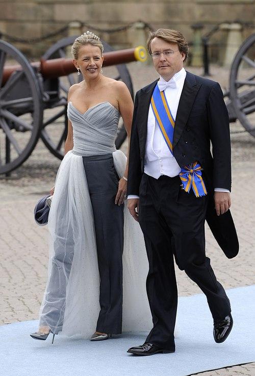 Los Príncipes Friso y Mabel de Holanda en la boda de Victoria de Suecia