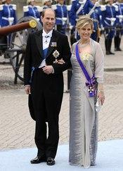 Eduardo y Sophie Rhys-Jones en la boda de Victoria de Suecia
