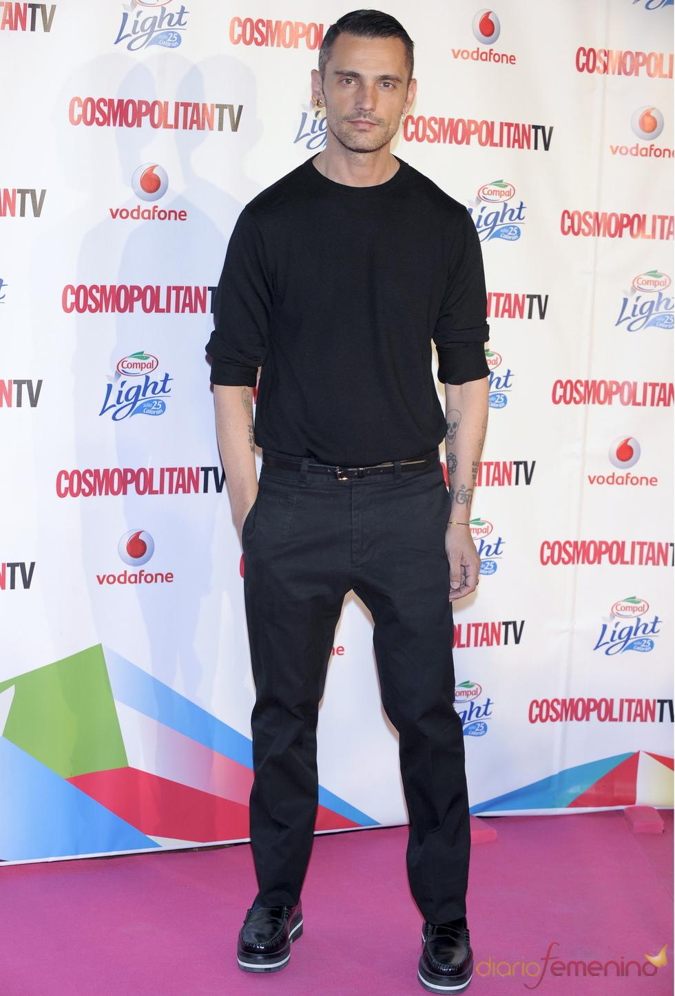 David Delfín en los Premios Cosmopolitan TV