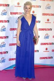 Soraya Arnelas con vstigo largo azul