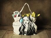 Bolsa con diseño de chica de Blanco