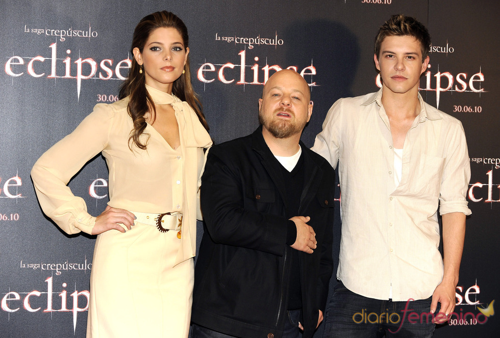 Ashley Greene y Xavier Samuel y David Slade en Madrid