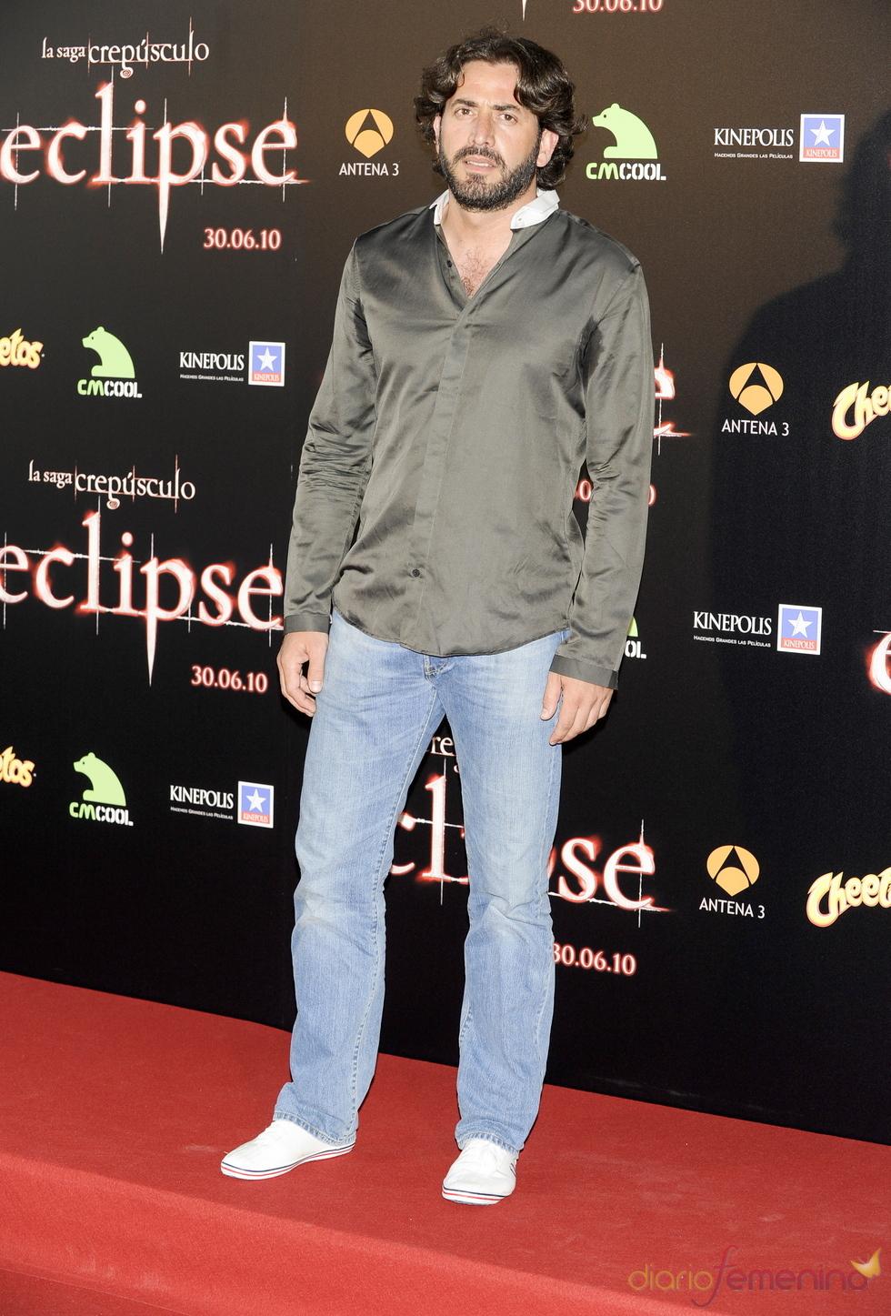 Antonio Garrido en la premiere de 'Eclipse' en Madrid