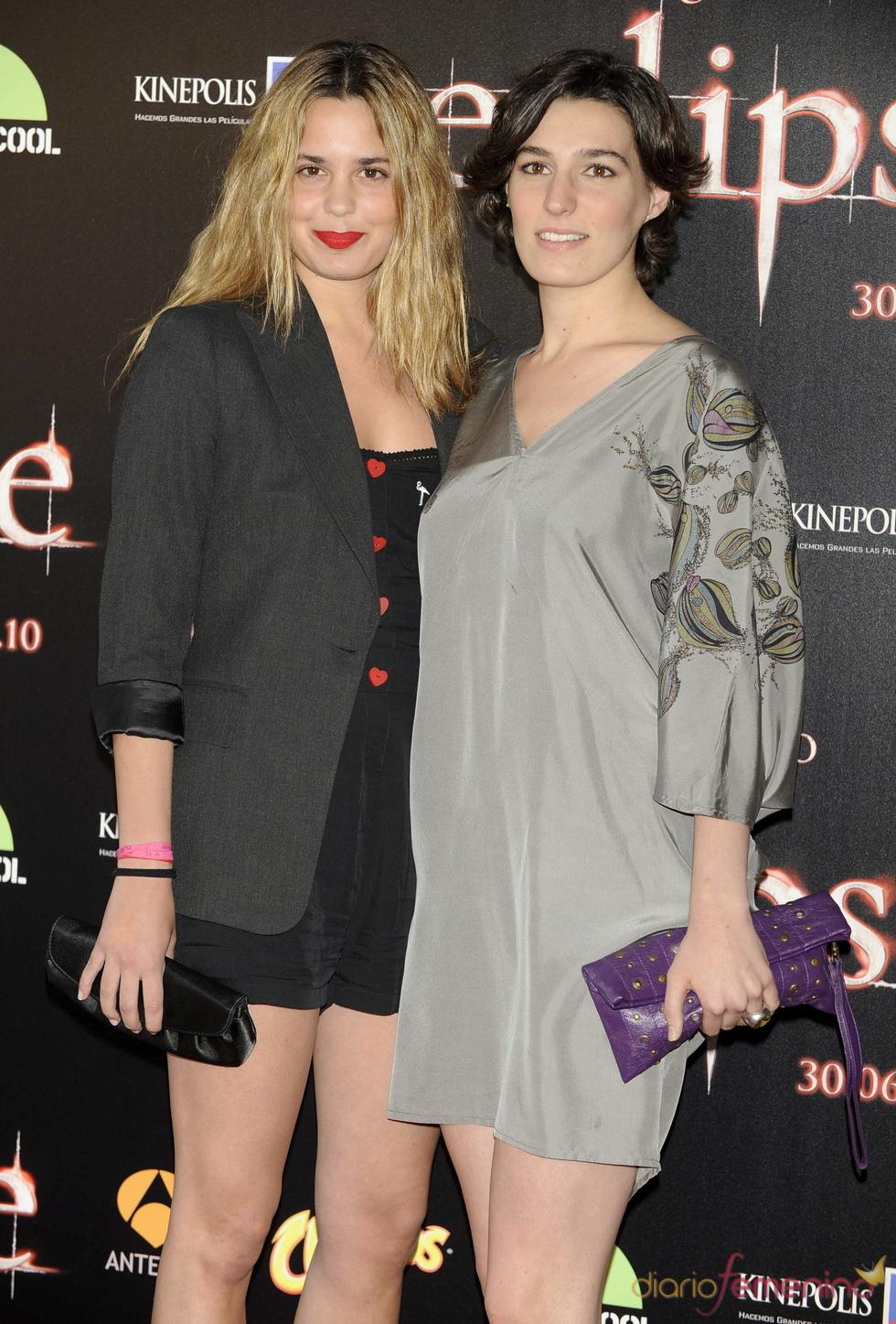 Claudia y Eugenia Osborne en la premiere de 'Eclipse' en Madrid