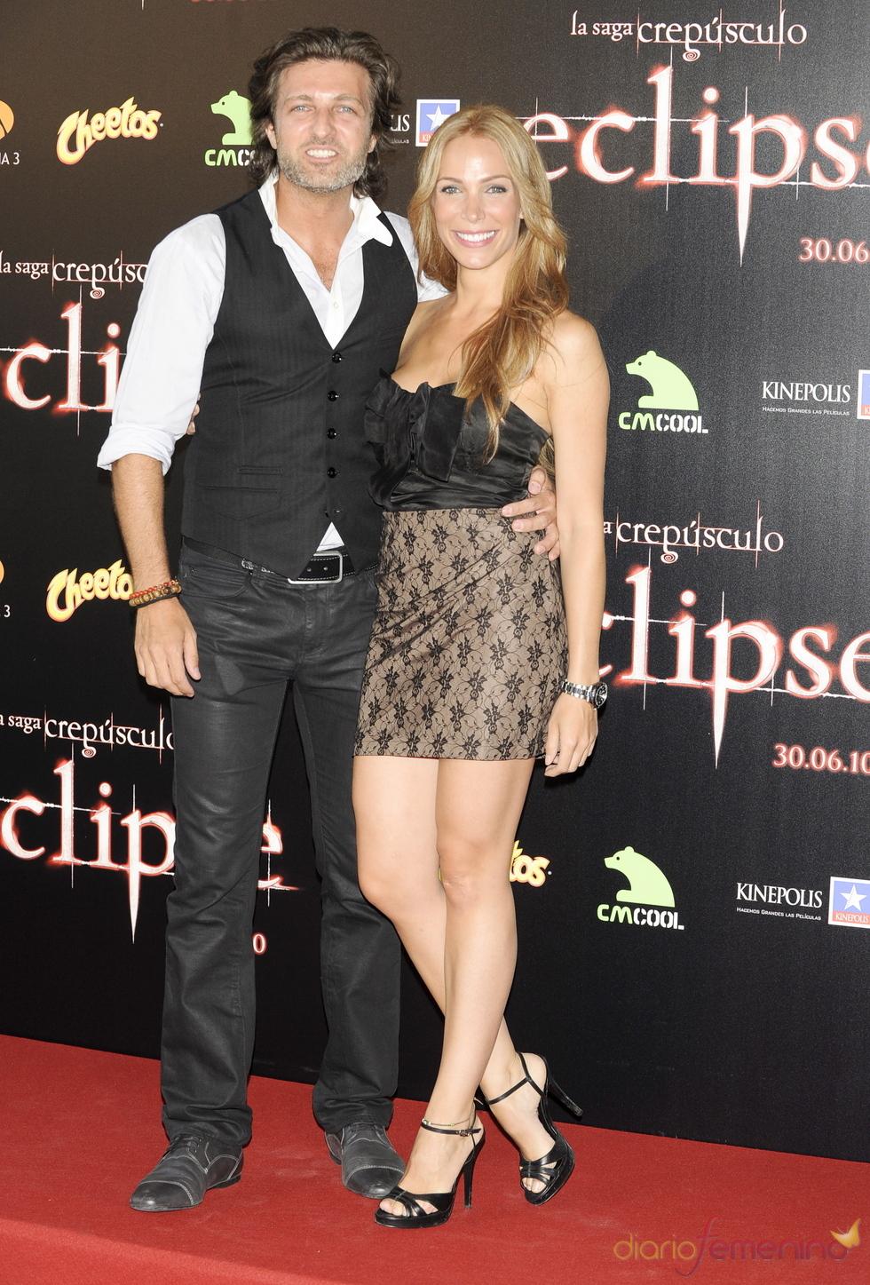 Jesús Olmedo y Nerea Garmendia en el estreno de 'Eclipse'