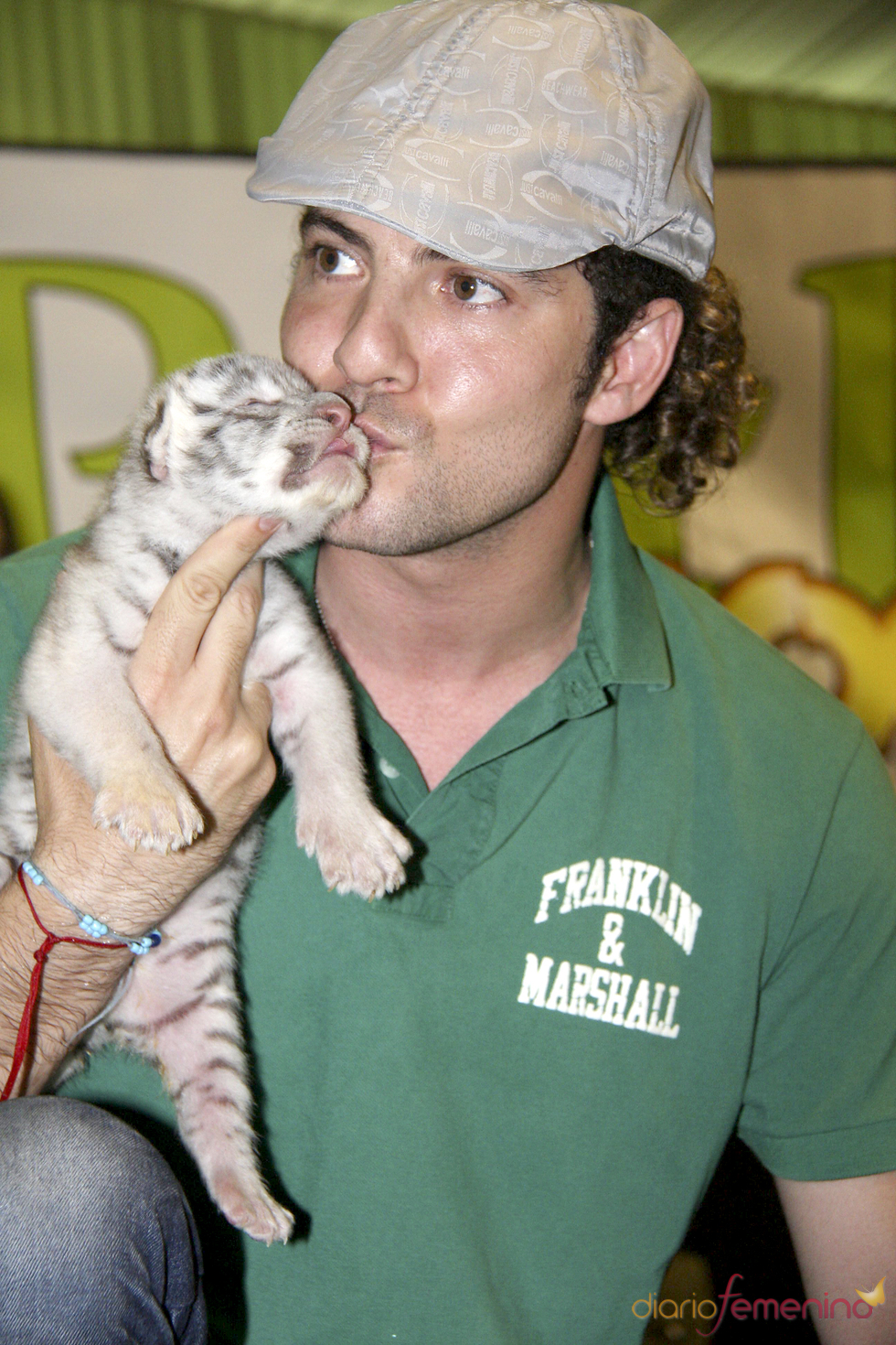 David Bisbal apadrina un tigre