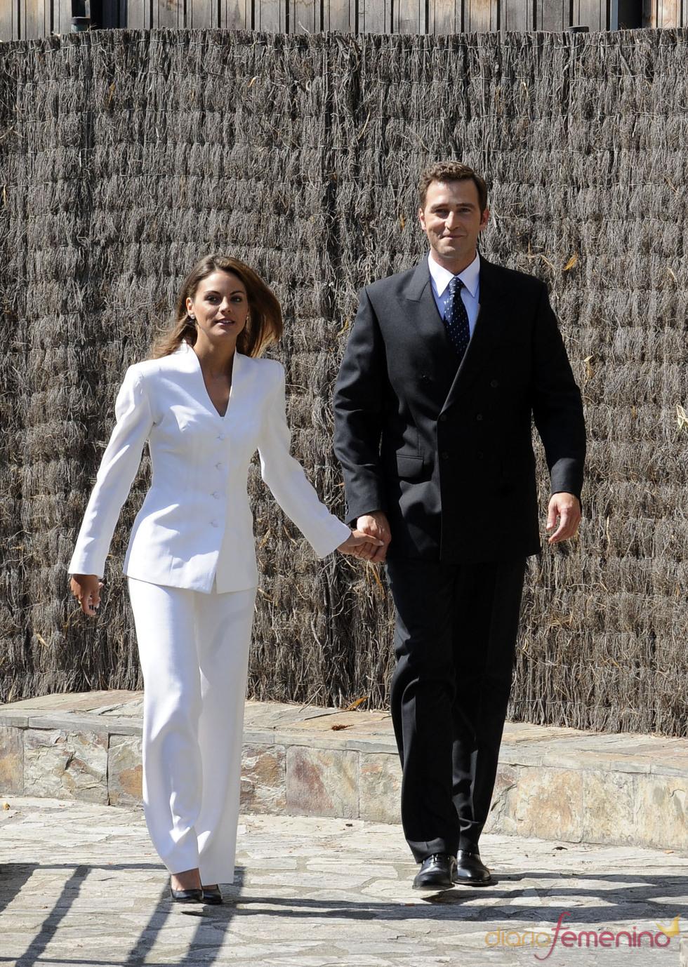 Amaia Salamanca y Fernando Gil dan vida a Letizia y Felipe