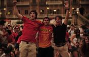Seguidores de la Selección Española celebran la victoria en Pamplona