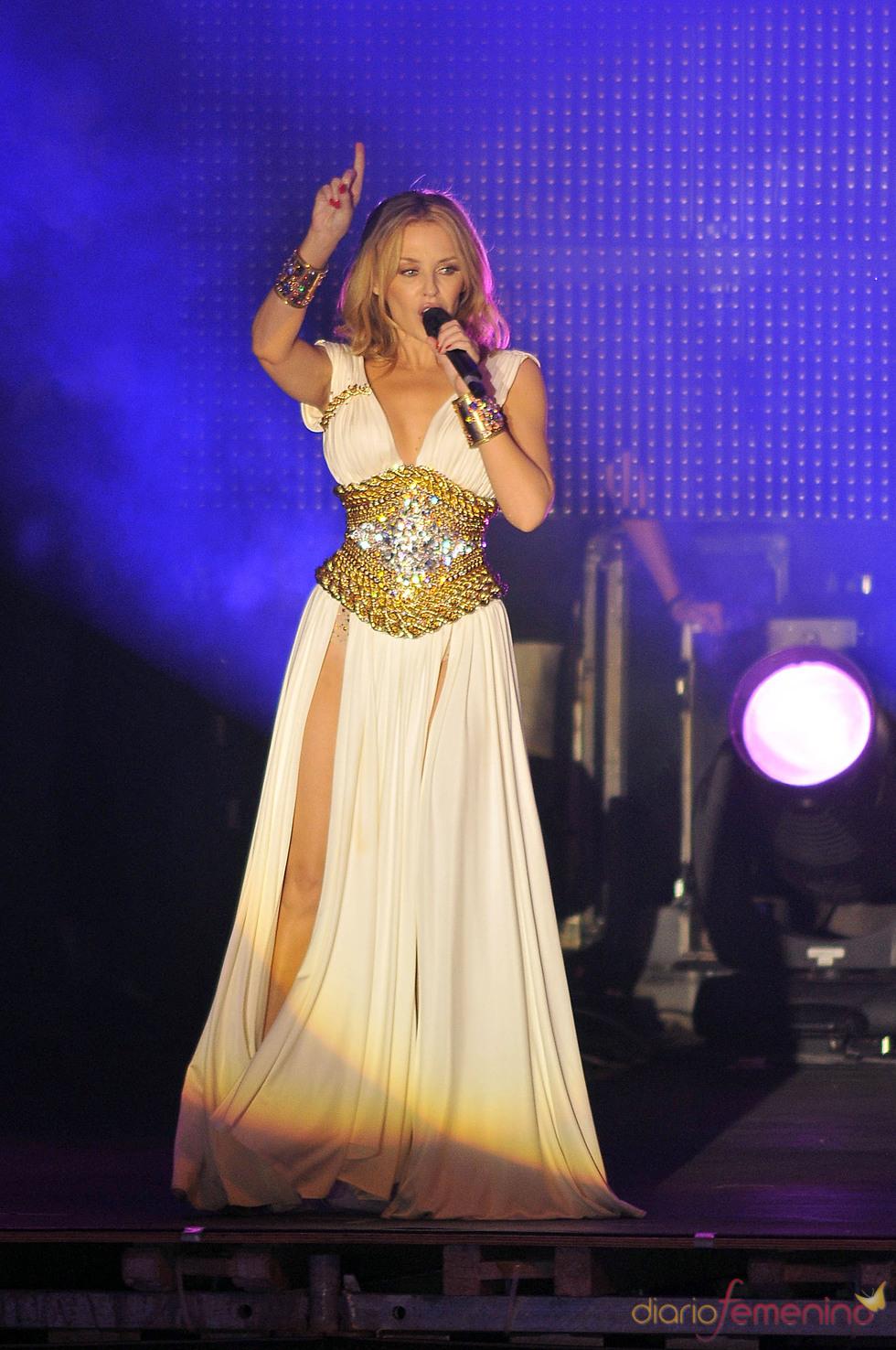 Kylie Minogue canta en el Orgullo 2010