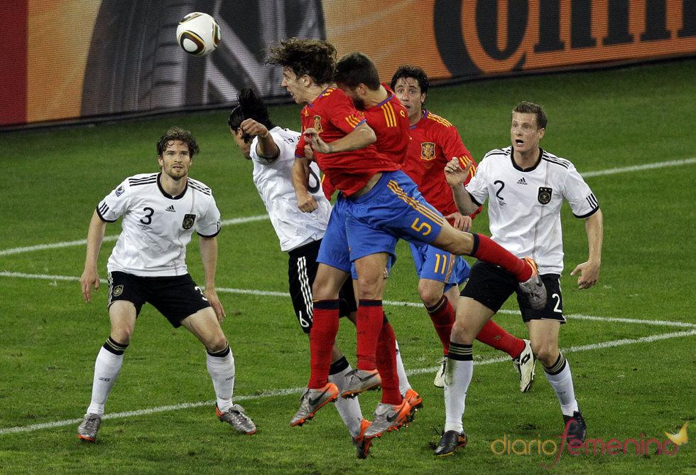 El gol de Puyol contra Alemania emociona España