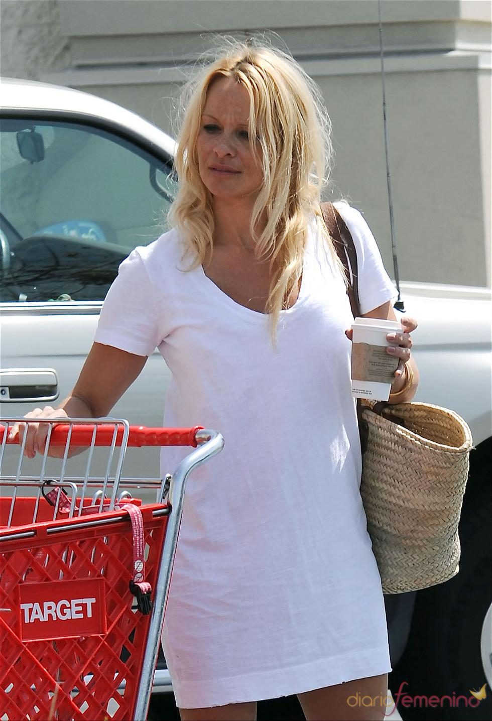 Pamela Anderson detrás del maquillaje