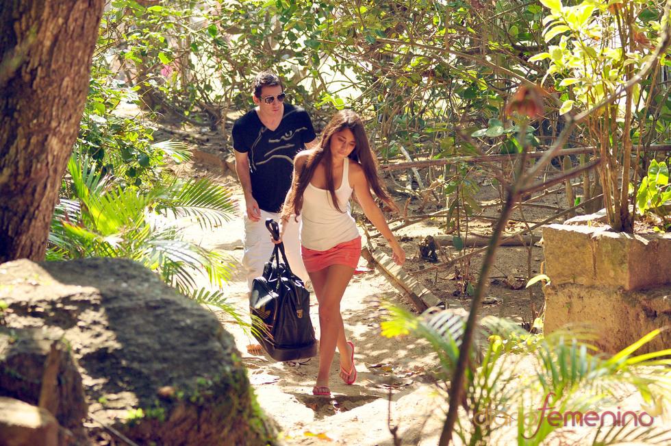 Leo Messi, inseparable de su novia en vacaciones