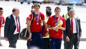 Iker Casillas y Fernando llorente, campeones del mundo, a su llegada a Barajas