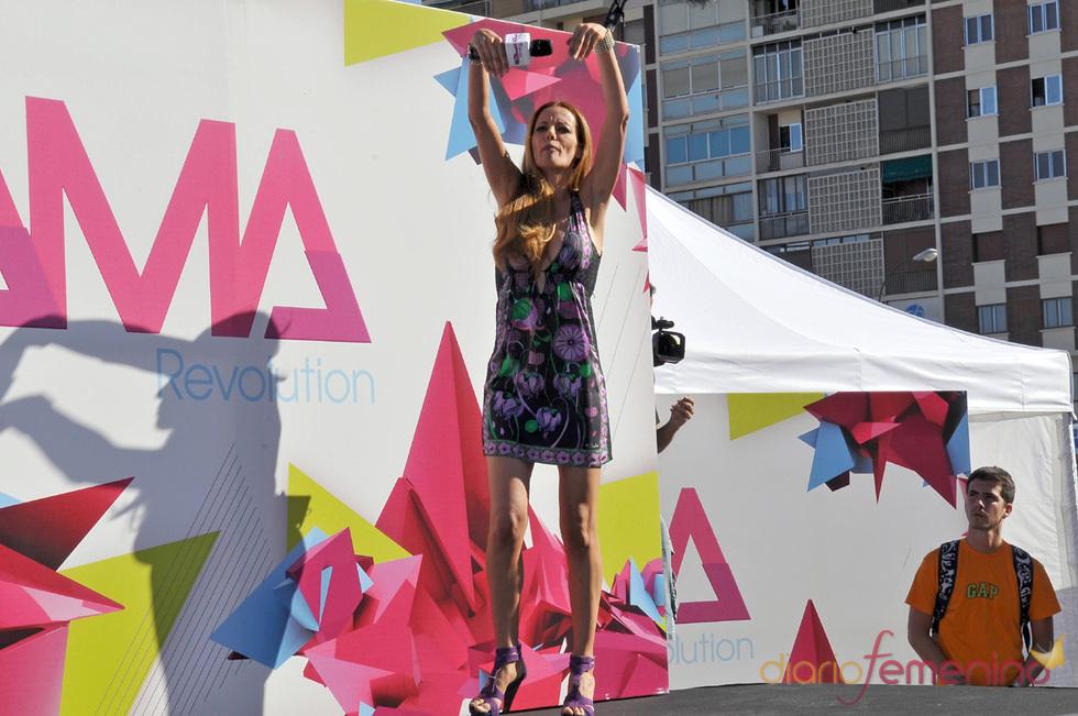 La presentadora Paula Vázquez anima los nuevos castings de Fama