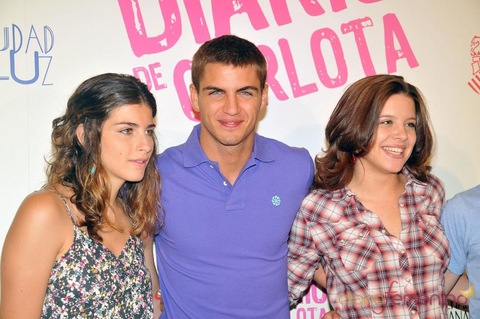 Lorena Mateo, Maxi Iglesias y Andrea Ros son los protagonistas de 'El diario de Carlota'