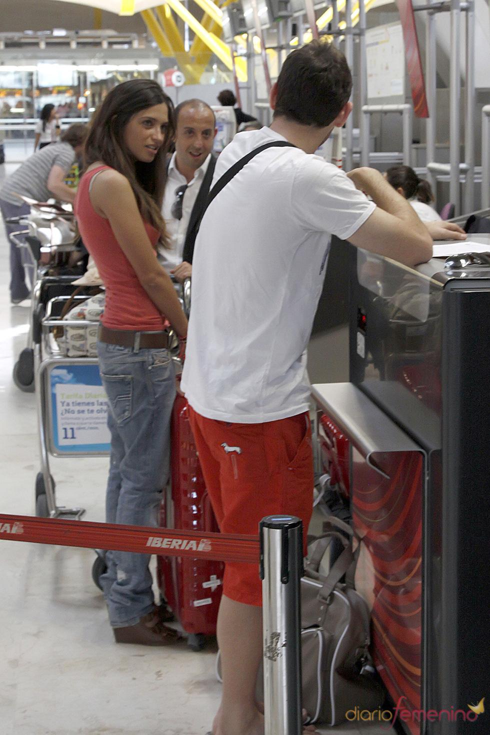 Sara Carbonero e Iker Casillas viajan de vacaciones en Primera Clase