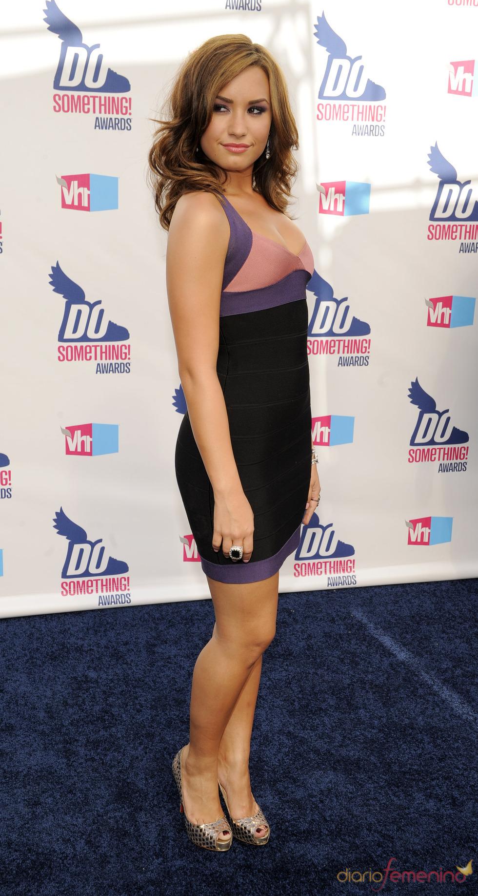 Demi Lovato en los premios Do Somethig